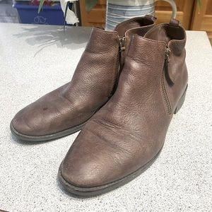 Michael Kors leather booties size 9 *as is*